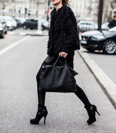 The Trend - Black out