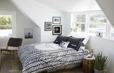 Full size of kids room design for two wallpaper black pieces grey bedroom wall sets dark Gray Bedroom Walls, Black Bedroom Furniture, Bedroom Black, Small Room Bedroom, Small Rooms, Home Decor Bedroom, Bedroom Ideas, Furniture Sets, Master Bedrooms