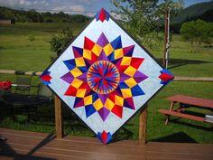 Sunburst painted barn quilt x Barn Quilt Designs, Barn Quilt Patterns, Quilting Designs, Star Quilts, Quilt Blocks, Arabesque, Barn Quilts For Sale, Painted Barn Quilts, Barn Signs