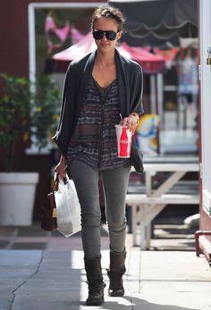 Jessica Alba - Jessica Alba Running Errands In Santa Monica 2