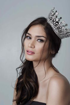 Miss Universe 2015 Pia Wurtzbach Miss Universe Philippines, Miss Philippines, Beautiful Celebrities, Beautiful People, Beautiful Moon, Miss Universe 2015, Filipina Beauty, Beauty Pageant, Beauty Queens