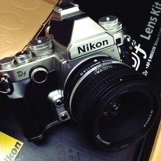 Nikon Df Nikon Df, Cameras Nikon, Old Cameras, Photography Words, Camera Photography, Vintage Photography, Antique Cameras, Vintage Cameras, Slr Film Camera