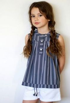 *Like this outfit Little Girl Fashion, Little Girl Dresses, Kids Fashion, Girls Dresses, Winter Fashion, Kids Outfits, Cute Outfits, Little Fashionista, Kid Styles