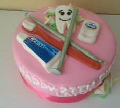 COURTNEY YOU NEED TO MAKE ME THIS IN 6 MONTHS WHEN I GRADUATE!!!     Dental assisting cake