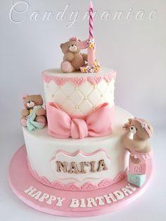Pink bears birthday cake