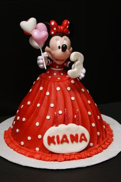 Minnie Mouse Doll Cake!