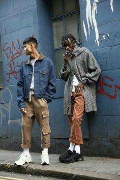 Rabbithole London - marque londonienne de streetwear moderne - New Pins Urban Street Fashion, Urban Fashion Men, London Street Fashion, London Mens Fashion, Fashion Women, Asian Men Fashion, Men Looks, Men Street, Street Wear