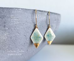 Ceramic earrings rhombus *CONFETTI* with gold decoration - terrazzo - gold filled ear hooks - handmade ceramic jewelry - gifts for her, Porcelain Jewelry, Ceramic Jewelry, Clay Jewelry, Jewelry Gifts, Handmade Jewelry, Unique Jewelry, Diy Leather Earrings, Pottery Clay, Slab Pottery