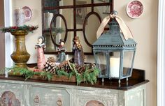 First Impressions...Christmas Foyer past by Savvy Southern Style