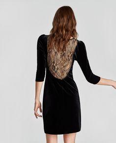 Mode petite taille - Robe en velours et dentelle - La Petite Allure