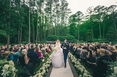 17 Backyard Weddings That Are The Definition Of Casual Elegance