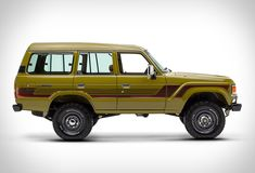 FJ Company specialize in performing full, frame-off restorations of the classic Japanese Toyota FJ series. The guys have just reached out to us with news on their latest Land Cruiser restoration, and boy does it look good. This 1986 Toyota Land Cruis