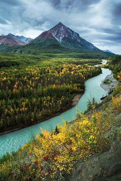 King Mountain and The Matanuska River, Alaska, US #travel