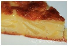 Fondant aux pommes - Tout le monde à table ! Apple Desserts, Köstliche Desserts, Apple Recipes, Sweet Recipes, Cookie Recipes, Delicious Desserts, Dessert Recipes, Yummy Food, Appetizer Recipes