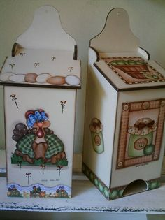 Puxa sacos de mdf e decoupagem. O motivo da decoupagem fica a gosto do cliente. R$ 35,00 Wood Crafts, Diy And Crafts, Arts And Crafts, Arte Country, Tea Box, Country Paintings, Craft Fairs, Painting On Wood, Wood Projects