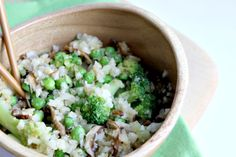 <p>A healthified alternative for fried rice, using riced cauliflower and a zippy miso dressing.</p>