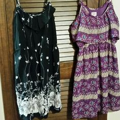 2 dress bundle 2 dresses 1 price the one on left is xhilaration and the other is missing both large Dresses Mini