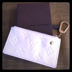Louis Vuitton Vernis Cles keyholder It's got color transfer/pen mark on one side but the other side is in perfect condition.  Will come with box. Louis Vuitton Accessories Key & Card Holders