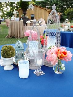 Vintage centerpiece by Southern Event Planners, Memphis, Tennessee. Vintage Centerpieces, Memphis Tennessee, Event Planners, Southern, Table Decorations, Celebrities, Party, Wedding, Design