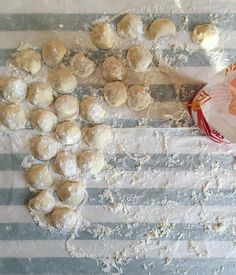 """796 likerklikk, 35 kommentarer – Georgina Hayden (@georgiepuddingnpie) på Instagram: """"Followed by an afternoon with my yiayia, learning how to make proper Cypriot ravioles. Little round…"""""""