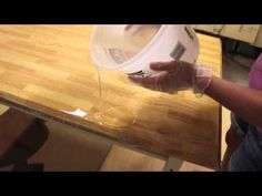 Epoxy Tutorial Video - Paint uses - Epoxy resin tutorial video. Show hows to pour epoxy over a wood table or bar top area. Epoxy Resin Table, Clear Epoxy Resin, Diy Epoxy, Epoxy Countertop, Laminate Countertops, Kitchen Countertops, Resin Tutorial, Home Projects, Wood Crafts