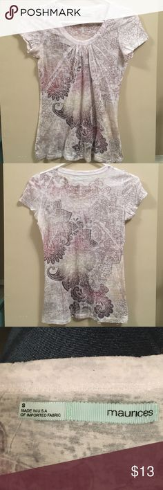 Maurice's scoop-neck Maurice's size small, scoop-neck. White/cream color with a cute design. Perfect condition! Maurices Tops