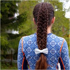 """Today we have celebrated our constitutionday It was so cold, we had to change to warmer clothes when we came home  #fletter #frisyre #braidphotos #instabraid #cutegirlshairstyles #fivestrandbraid #karitraa #17mai #iskaldt #braidsforgirls #peinado #bow #byme"" Photo taken by @katharina_braids on Instagram, pinned via the InstaPin iOS App! http://www.instapinapp.com (05/17/2015)"