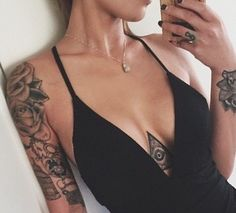 30 Sternum Tattoos that Will Have All the Heads Turning Third Eye Tattoos, Leo Tattoos, Dope Tattoos, Girl Tattoos, Tatoos, Mandala Sternum Tattoo, Underboob Tattoo, Tiny Tattoos For Girls, Chest Tattoos For Women
