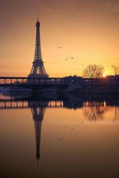 Eiffel tower at sunrise, Paris, France. Torre Eiffel Paris, Paris Eiffel Tower, Eiffel Towers, Paris France, France Europe, Places To Travel, Places To See, Paris Love, Belle Villa