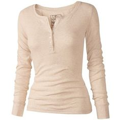 Astrid Henley T-Shirt Twilight Outfits, Summer Outfits, Cute Outfits, Henley Shirts, Women's Henley, Teen Fashion Outfits, Fashion Fashion, Fashion Dresses, Aesthetic Clothes