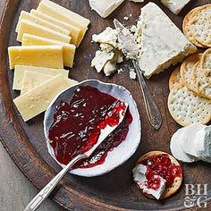 Want to learn how to set up a cheese platter? We're happy to let you in on all of our cheese board secrets! We'll share some of our favorite fruit and cheese platter ideas and tips so your next cocktail party is a smashing success. Cheese Snacks, Cheese Platters, Cheese Recipes, Savory Snacks, Wine Jelly, Healthy Cupcakes, Thing 1, Cooking Wine, Delicious Desserts