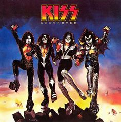 Image from http://assets.rollingstone.com/assets/2014/list/kiss-top-10-albums-ranked-20140325/items/destroyer-1976-19691231/140395/_original/1035x1044-20140320-kiss6-x1800-1395349039.jpg.