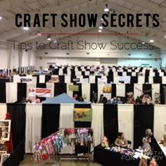 Craft Show Secrets - Craft Show Tips - How to make money at Craft Shows by craftadian on Etsy Christmas Shows, Christmas 2015, Secret To Success, The Secret, Price Strategy, Fall Shows, Handmade Market, Craft Show Displays, Photography Marketing
