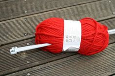 tuto pour r�aliser un snood enfant Bonnet Crochet, Knitted Hats, Knitting, Creative, Crafts, Diy, Blue Prints, Knitting Charts, Tricot Facile