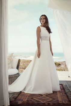 Poročne obleke - Poročni salon Hollywood - izposoja poročnih oblek