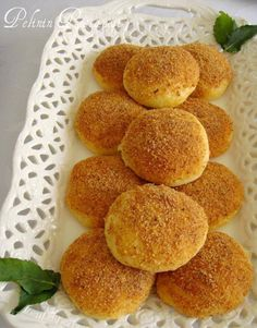 Breaded Pastry with Potato Cheese - yemek tarifleri muffin vegan muffin recipe muffin Muffin Recipes, Snack Recipes, Taco Pizza, Eating Light, Cheese Bread, Turkish Recipes, Light Recipes, Bakery, Food And Drink