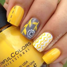 Bright spring and summer manicure fascinates with its bold shades and rich color combinations. Intense yellow nail polish is in perfect harmony with the grey base, matt white finish. The strips, triangles and patterns are nicely intertwined, setting off the beauty of a pattern with a flower. This de…