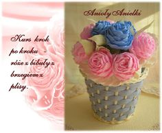 Odds step by step - handicraft: Course step by step - with paper roses, from the shores of pleats. Crepe Paper Streamers, Crepe Paper Flowers, Paper Roses, Fabric Flowers, Crochet Flower Patterns, Crochet Flowers, Handmade Flowers, Diy Flowers, Yellow Flowers