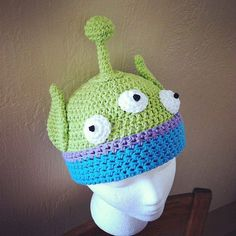 Toy Story Alien Crochet Hat pattern PDF - DIY - newborn to adult sizes included in the pattern - Instant Digital Download