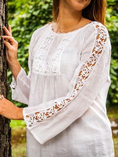 Long Sleeve White Cotton Blouse with Lace – Rockn Willys Boutique Kurti Sleeves Design, Sleeves Designs For Dresses, Kurta Neck Design, Dress Neck Designs, Sleeve Designs, Blouse Designs, Pakistani Dresses Casual, Pakistani Dress Design, White Cotton Blouse