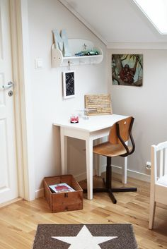 """this was listed as """"tiny kids' desk space"""" but could be re-done as tiny adult desk space for those of us with no official office!"""