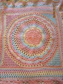 Round in the Middle Baby Blanket with Hat