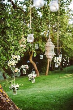 DIY decoration ideas for a fantastic garden wedding. Garden wedding lights decoration The post DIY decoration ideas for a fantastic garden wedding. appeared first on DIY Fashion Pictures. Perfect Wedding, Our Wedding, Dream Wedding, Trendy Wedding, Wedding Themes, Wedding Tips, Elegant Wedding, Spring Wedding, Wedding Photos