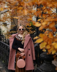 1m Followers, 500 Following, 3,122 Posts - See Instagram photos and videos from Blair Eadie / Atlantic-Pacific (@blaireadiebee)