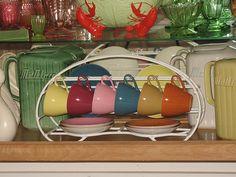 Bill ✔️ The Crown Lynn display rack. Industrial Home Design, French Industrial, Industrial House, New Zealand Art, Kiwiana, Shabby Chic Interiors, Retro Vintage, Vintage Style, Tea Accessories
