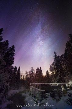 Vieläkös Latokartanolla on lunta?  http://www.naejakoe.fi/uimapaikat/latokartanonkoski/