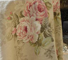 Romantik-Leinen : Tischdecken, Tischläufer, Vorhänge u.v.m Tapestry, Home Decor, Table Covers, Linen Fabric, Textiles, Hanging Tapestry, Tapestries, Decoration Home, Room Decor