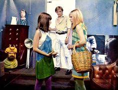 David Hemmings, Gillian Hills, and Jane Birkin in Blow-Up (1966). Costumes by Jocelyn Rickards.