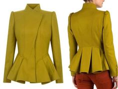 Transformation of the old leather jacket in a jacket with Basques Dress Shirts For Women, Clothes For Women, Hijab Fashion, Fashion Outfits, Peplum Jacket, Mode Chic, Costume Shop, Work Tops, African Fashion