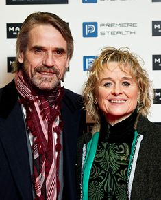 Jeremy Irons Photos - Jeremy Irons and Sinead Cusack attend the UK film premiere for 'Margin Call' at the Vue cinema Leicester Square on January 2012 in London, England. - The UK Premiere of 'Margin Call' Sinead Cusack, Jeremy Irons, Rufus Sewell, Gerard Butler, British Actors, Picture Photo, Short Hair Styles, Actresses, Film